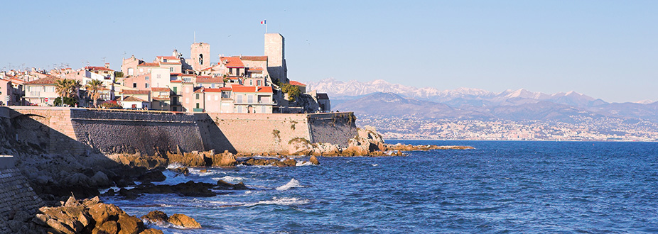 Coastal picture from Antibes town