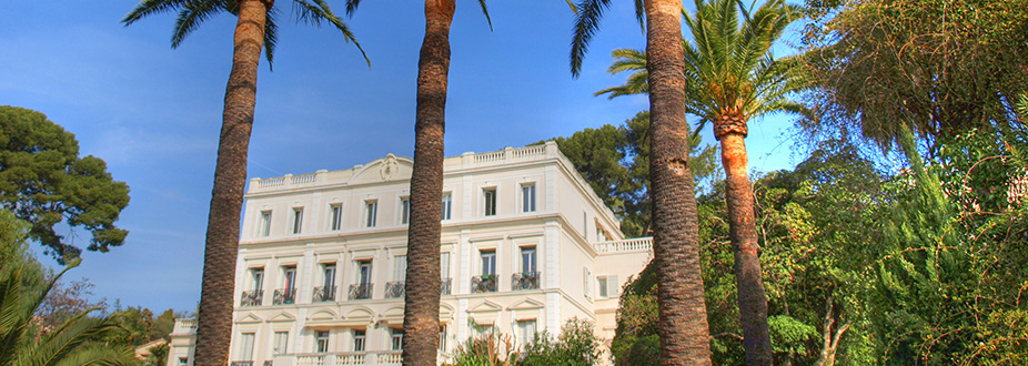 heritage building at Hyeres Town
