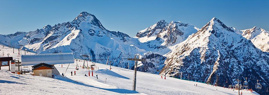 Isola Ski station slopes