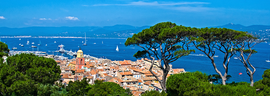 Panoramic picture of St Tropez and the coast