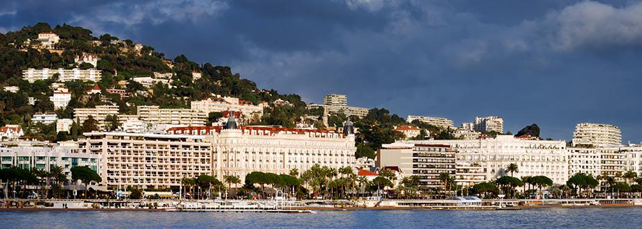 Cannes' promenade